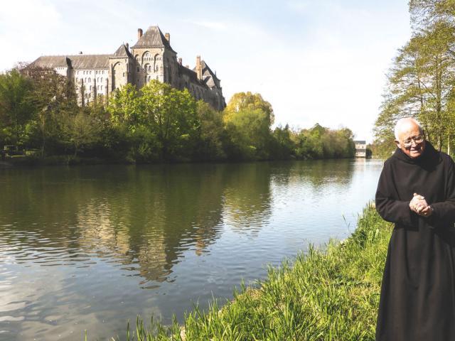 Abbaye Saint Pierre de Soelsmes avec Père Soltner