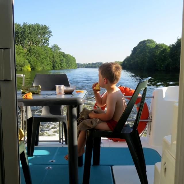 Instagram #sarthe - Bateau habitable Anjou Navigation