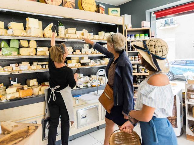Petit commerce La cave à fromage à Brûlon