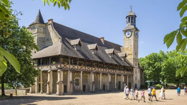 chateau-des-ducs-de-bourbon-montlucon-07