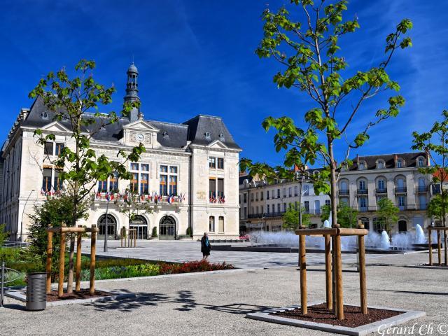 hotel-de-ville-montlucon-05