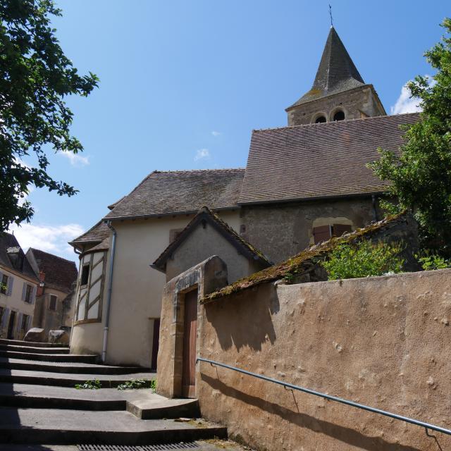 ainay-le-chateau-05