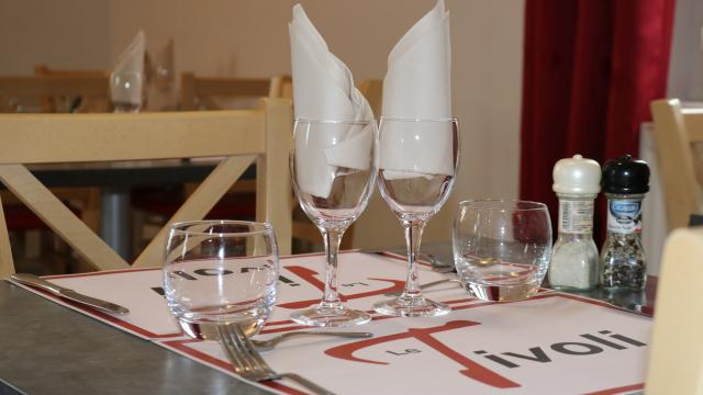 Restaurant Le Tivoli Salle Du Haut 02