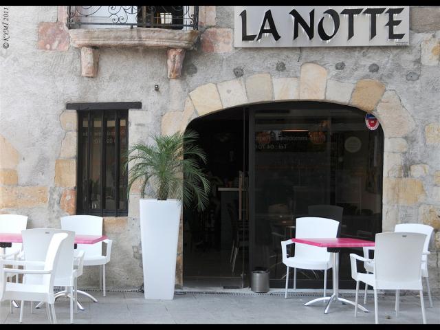 Bar La Notte Montlucon 02