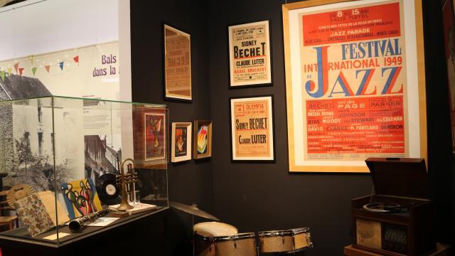 Exposition Chateau Des Ducs De Bourbon Du Bal A La Discotheque 06