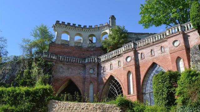 Chateau De Poncé (2)