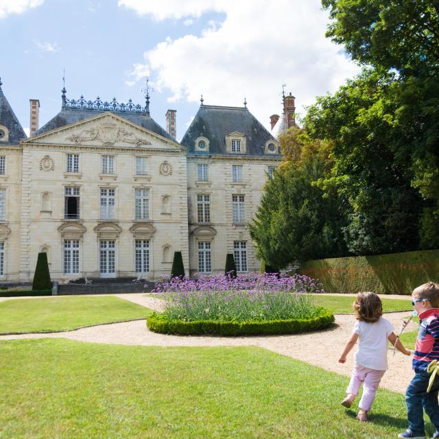 Chateau Du Lude 2017 Hd 19 Min