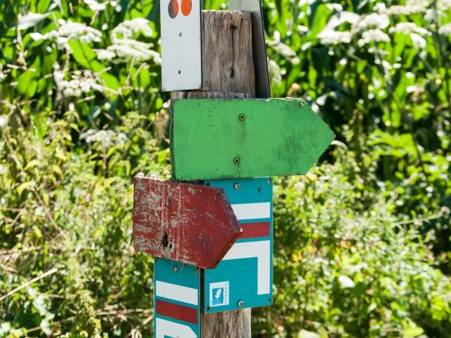 Panneaux directionnels Stevan Lira