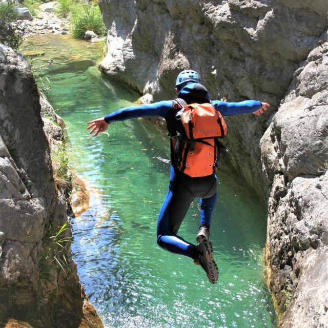 canyon-saut.jpeg
