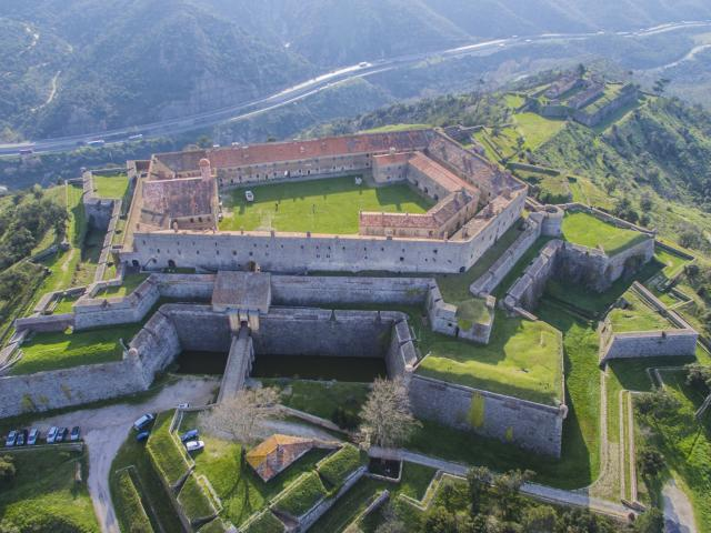 Fort Belle Garde Le Perhus