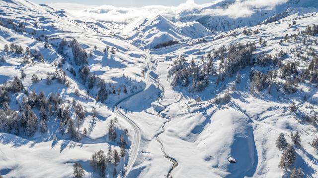 Vue aérienne du Col de Vars.