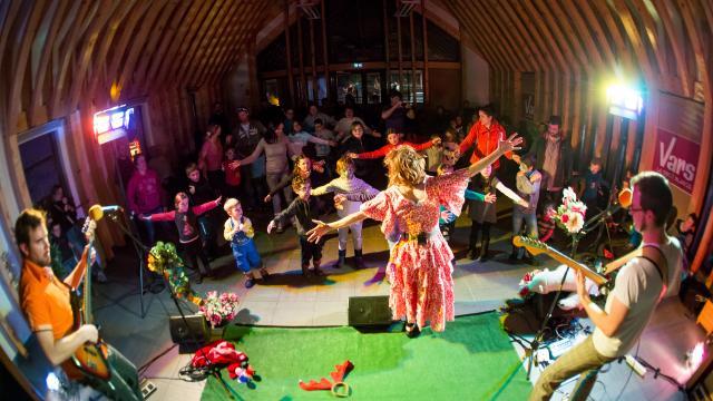Le RDV des marmailles: Tous les enfants ont RDV tous les mardis des vacances scolaires pour un spectacle