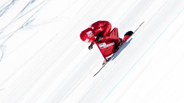 Snowscoot de vitesse sur la piste de Chabrières