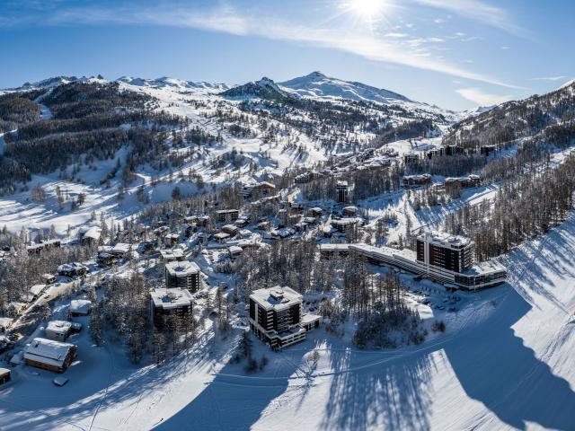 Vars les Claux et son domaine skiable