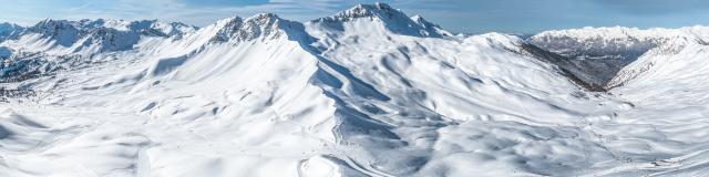 Splendide panorama du domaine skiable de la Forêt Blanche