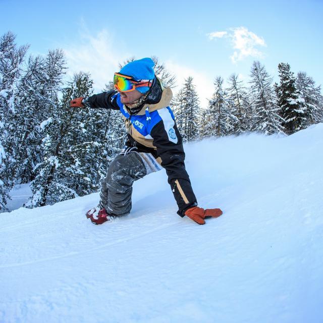 Sled dogs sur le domaine skiable de Vars un jour de neige fraîche