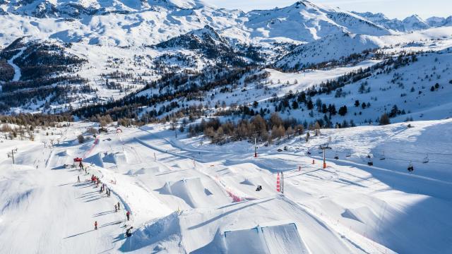 Varspark, le snowpark de l'Eyssina, un véritable terrain de jeu