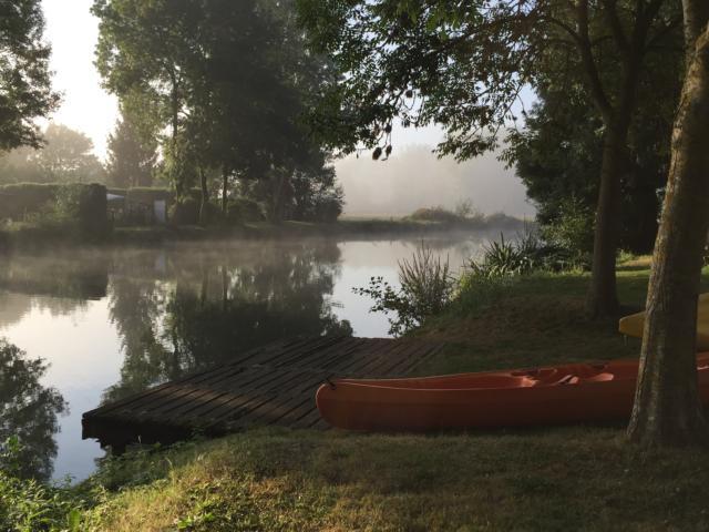 Canoe sur Le Loir -Les Roches L'evêque