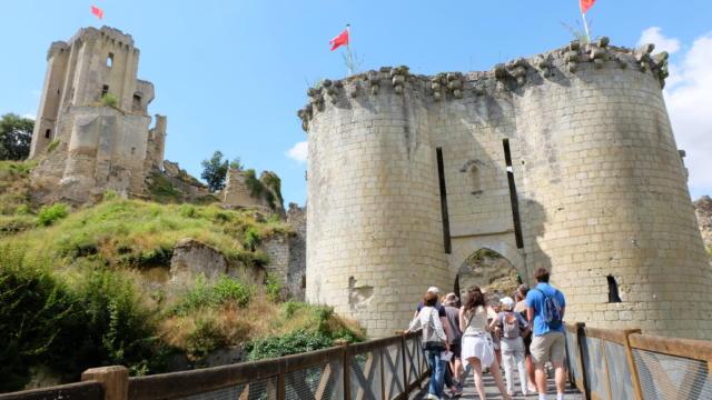 Visite commentée de la forteresse médiévale de Lavardin