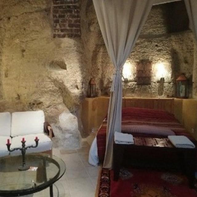Chambre d'hôtes semi-troglo, Thoré-la-Rochette