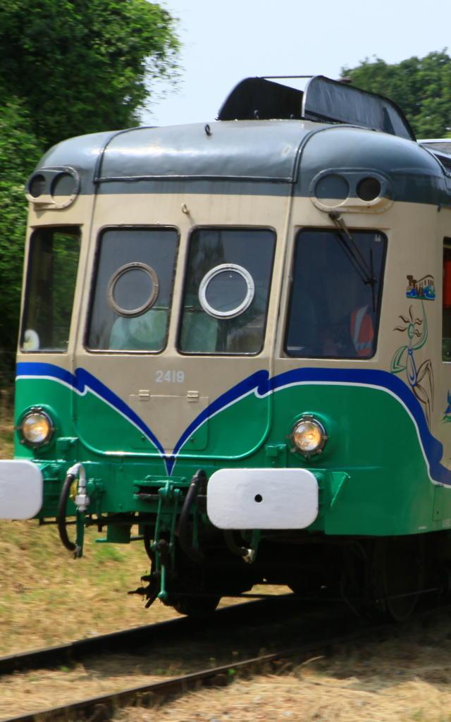 Train touristique sur les rails de la Vallée du Loir