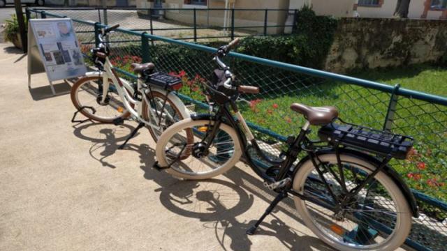 Vélos à assistance électrique-Office de Tourisme Fréteval