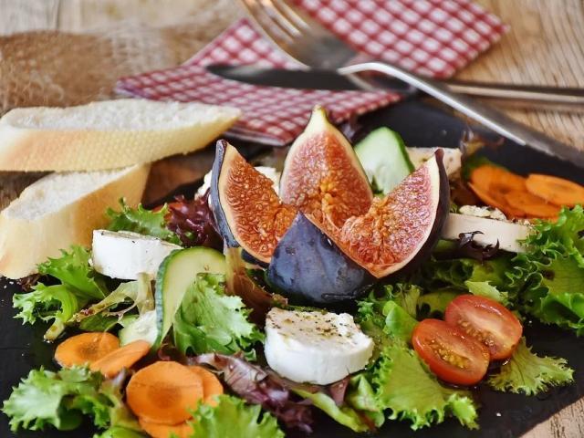 Savourer un bon plat dans un restaurant Vendômois