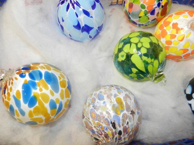 Boules de Noël (boutique de Noël) - Souffleur de verre - Poncé-sur-Loir