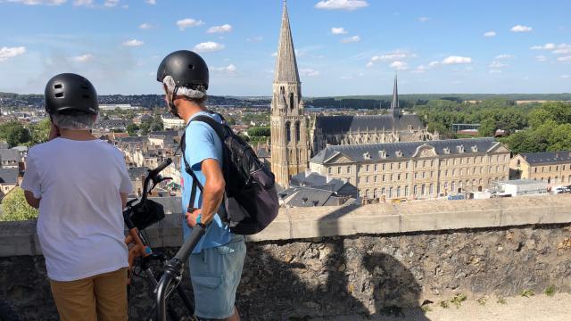 Balade En Trottinette électrique Tout Terrain- Terrasse du château de Vendôme