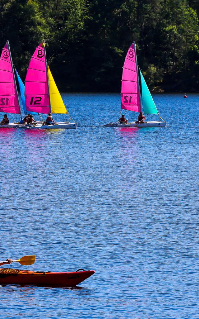 Baignade et activités sur le lac de Marcillac-la-Croisille