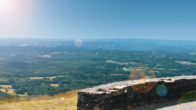 Point de vue du Suc-au-May à Chaumeil