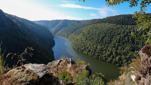 La Grotte Des Maquisards