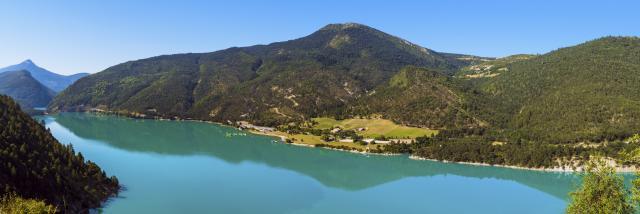 06 Lac Castillon Dsc4856 Panorama Modifier Min