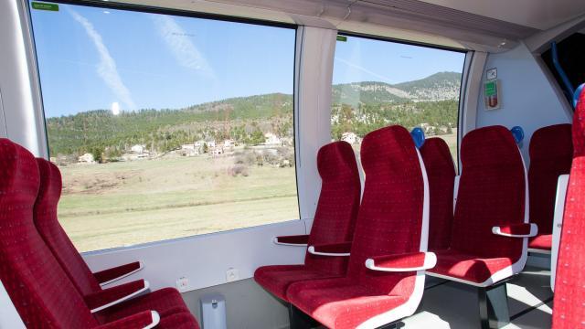 Intérieur train des Chemins de Fer de Provence