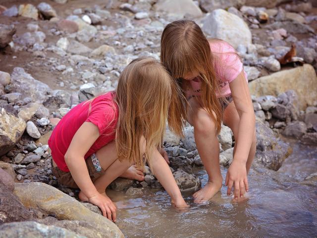 children-770258-1920-pixabay.jpg