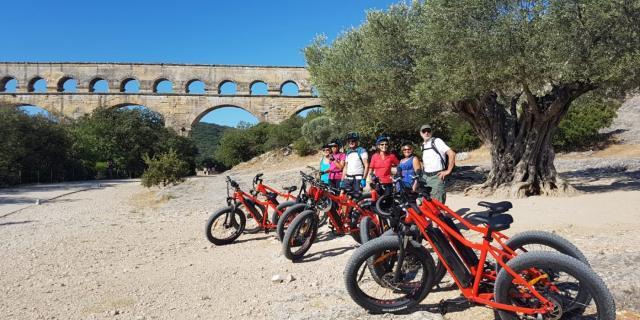 fat-bike-pont-du-gard.jpg
