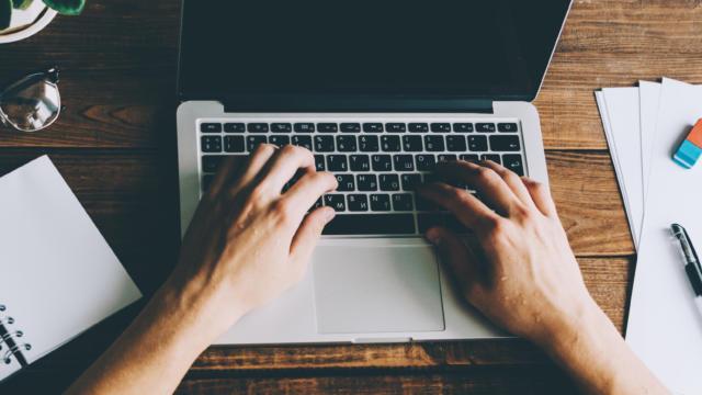 Mes démarches - écriture sur ordinateur portable