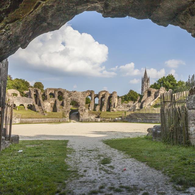 Arênes romaines à Saintes