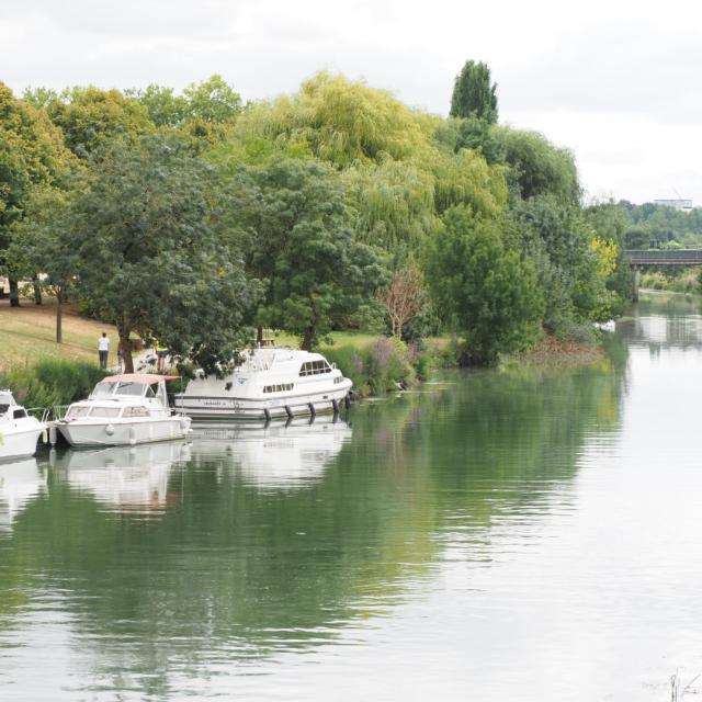 Fleuve Charente Saintes