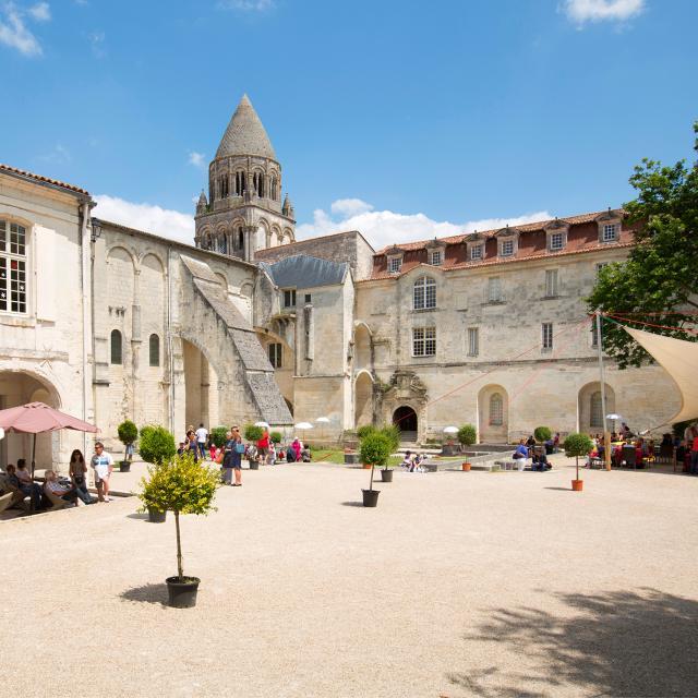 Abbaye Sébastien Laval